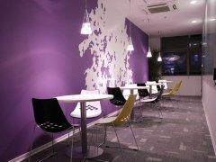 办公室装饰贴墙纸施工