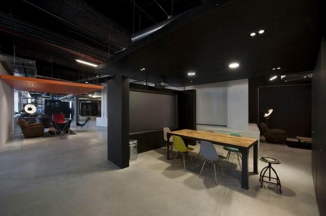黑色主题办公室装修
