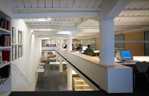 loft挑高层办公室装修