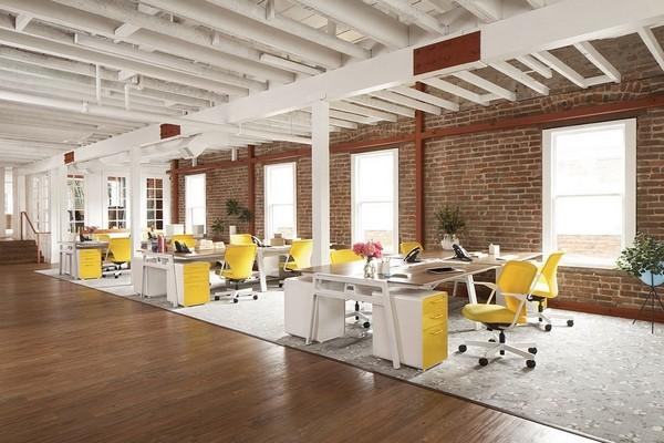 情调与浪漫并存的公司装修欣赏,公司希望给其客户一种优雅的感觉,因此,花纹地毯、水晶灯、粉色的沙发靠垫一切都营造出浪漫的氛围,其实这个办公空间更多的氛围是家的感觉,工业风搭配简欧的设计风格是目前很多年轻人都喜欢的,特别是在接待区有特别为女性客户准备的粉色系,以及开放式会议室欧式拱形造型设计都给人一种耳目一新的感觉。  情调与浪漫并存的公司装修欣赏  情调与浪漫并存的公司装修欣赏  情调与浪漫并存的公司装修欣赏