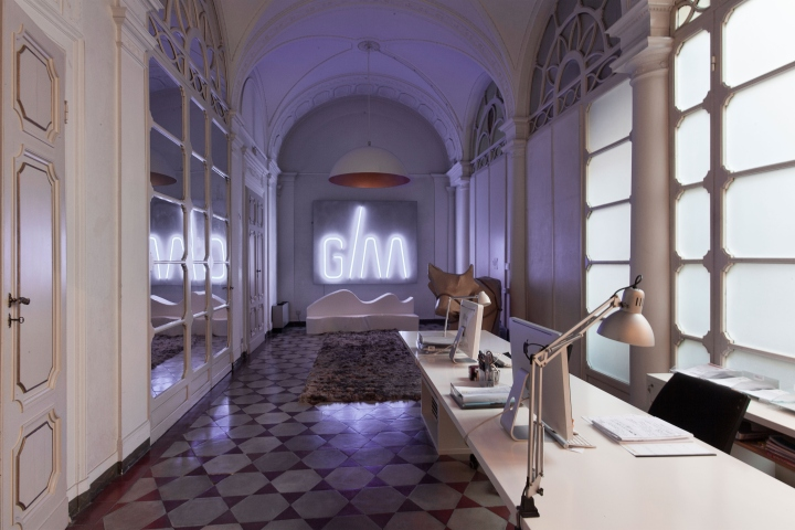 石膏与壁画欧式办公室完美设计