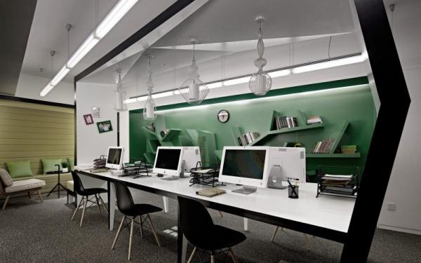 绿色通道畅通无阻办公室环境设计