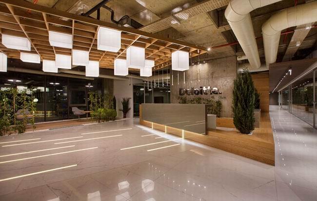 随性且温馨办公环境设计