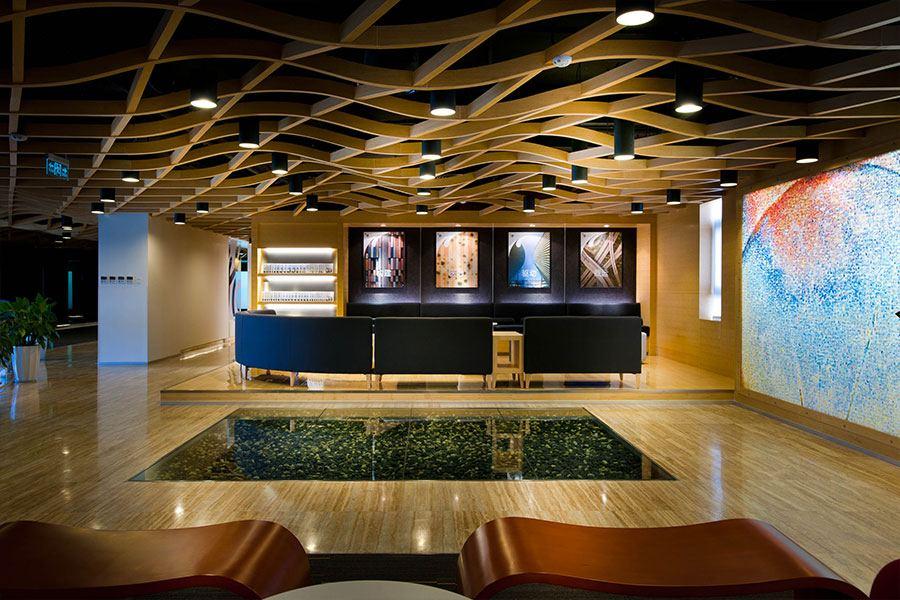 办公室设计技术与多媒体完美Mix,办公室设计在多元化的时代需要各种信息的mix,这个办公室设计案例中就是将建筑、技术和多媒体完美mix的成功案例,其中大部分实验室配有精心设计的设施,以方便客户参与产品和技术的开发  办公室设计技术与多媒体完美Mix  办公室设计技术与多媒体完美Mix  办公室设计技术与多媒体完美Mix  办公室设计技术与多媒体完美Mix