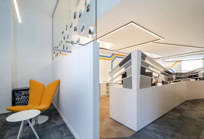 创新中心办公室500平装修