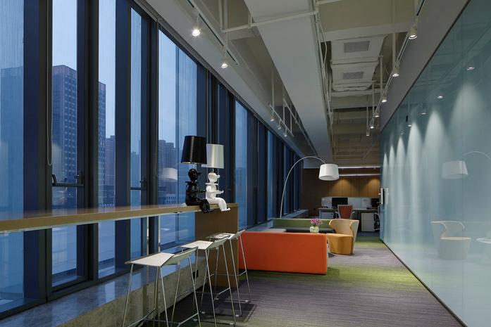 上海亚新集团公司办公室装修