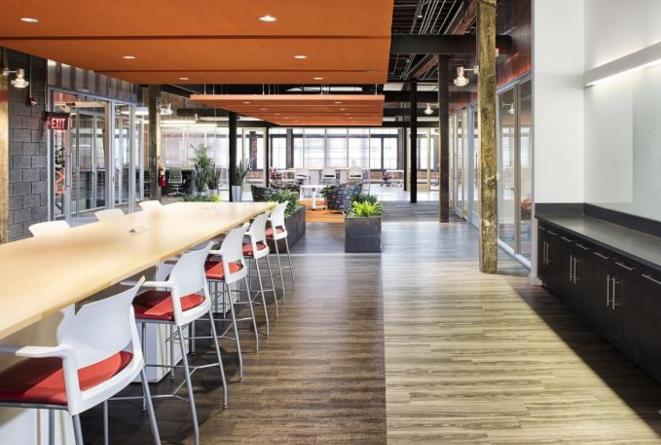 """软件公司办公室设计""""不设限""""的原则"""